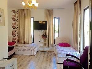 Котедж в Грузинському домі, 1-кімнатна, 001