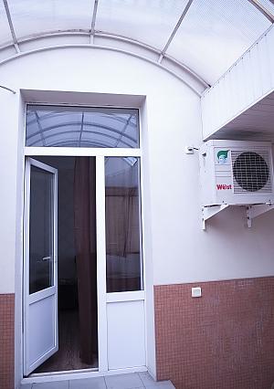 Apartment with a terrace, Un chambre, 014