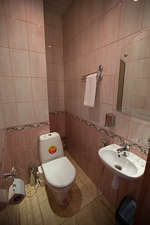 Economy suite with 1 or 2 beds and a shared bathroom, Monolocale, 002