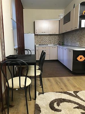 Apartment on Sobornyi avenue, Un chambre, 002