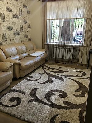Apartment on Sobornyi avenue, Un chambre, 001
