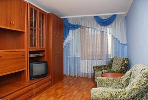 Apartment on Druzhby Narodiv metro station, Studio, 001