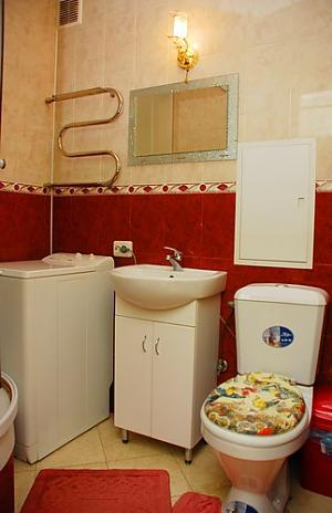 Apartment on Druzhby Narodiv metro station, Studio, 004