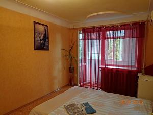 Квартира в центре, 1-комнатная, 001
