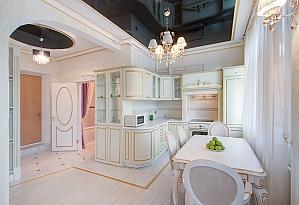 Apartment near Ploshcha Konstytutsii metro station, Una Camera, 004