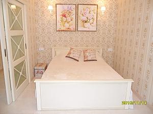 Студийная квартира возле пляжа Аркадия, 2х-комнатная, 001
