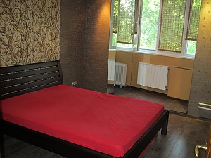 Apartment in Kharkov, Dreizimmerwohnung, 004