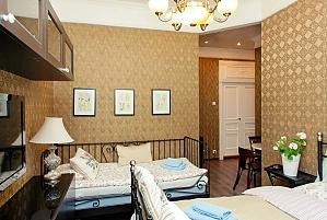 Cozy suite in coffee colors, Studio, 003
