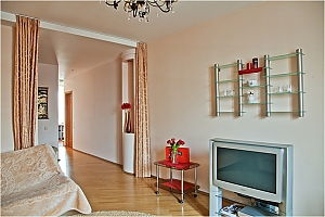 Apartment in warm colors, One Bedroom, 004