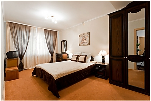 Amazing apartment near metro station, Two Bedroom, 001