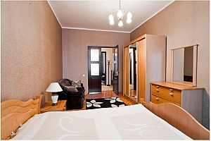 Apartment in the center near the metro, Two Bedroom, 002