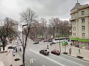 Apartment near Mariinskyi park, One Bedroom, 014