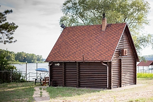 Two-storied cottage on the lake shore, One Bedroom, 001