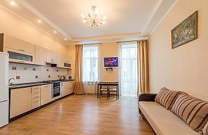 Квартира бизнес-класса в центре Киева, 2х-комнатная, 002