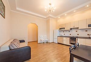 Квартира бизнес-класса в центре Киева, 2х-комнатная, 003