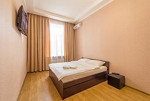 Квартира бизнес-класса в центре Киева, 2х-комнатная, 001