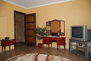Квартира з усіма зручностями, 1-кімнатна, 003