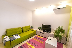 Superior apartment in a green area of Kharkov, Studio, 002