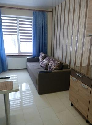 Apartment on Saltivka, Studio, 002