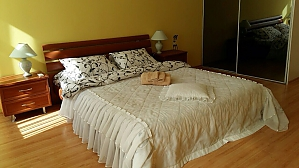 Квартира в центрі Києва, 3-кімнатна, 001