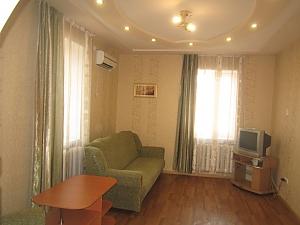Apartment in the center of Bakhmut (Artemovsk), Una Camera, 001