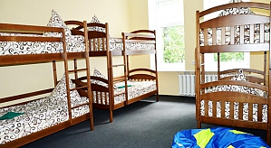 Bed in a shared room for 8 guests, Three Bedroom, 002