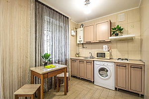 Bright apartment near the metro in the best district, Monolocale, 004