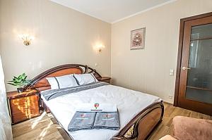 Прекрасная квартира в Харькове, 2х-комнатная, 001
