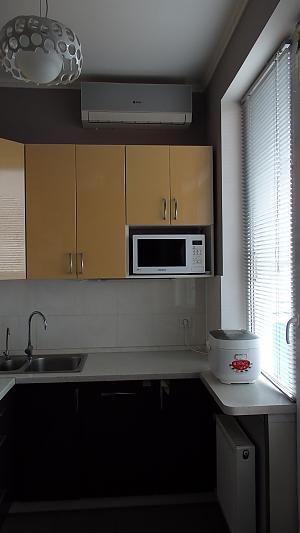 Квартира в Одесі в Приморському районі, 1-кімнатна, 004