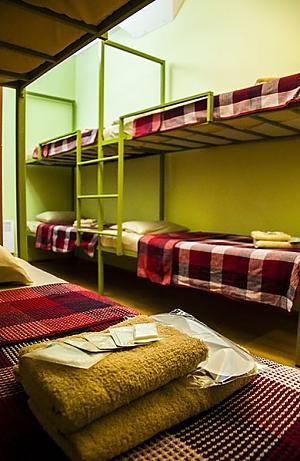 Ліжко в змішаному номері в центрі Одеси, 1-кімнатна, 002