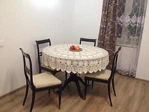 Прекрасна квартира у Львові, 2-кімнатна, 001