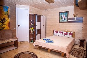 Good hotel, Studio, 001