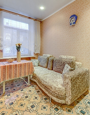 Apartment on Moskovskyi, Studio, 003