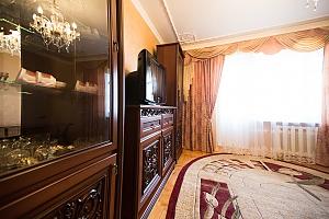 Релакс во Львове, 3х-комнатная, 002