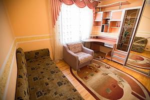 Релакс во Львове, 3х-комнатная, 004