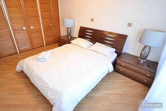 2 Tarasa Shevchenka, Deux chambres (72617), 010