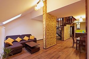 Duplex suite in the apart-hotel, Un chambre, 003