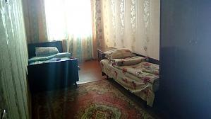 Economy class apartment on Voskresenka, Dreizimmerwohnung, 005