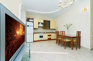 Panoramic apartment in the center of the capital, Tre Camere, 004