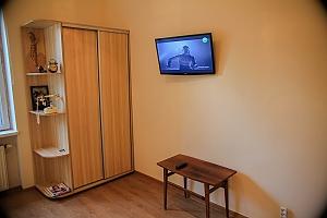 Apartment in Lviv, Studio, 004