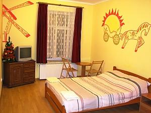 Cozy apartment in Lviv, Studio, 001