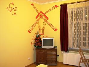 Cozy apartment in Lviv, Studio, 003