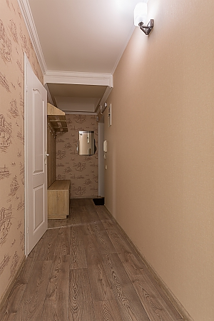 Сучасна квартира з новим ремонтом, 2-кімнатна, 011