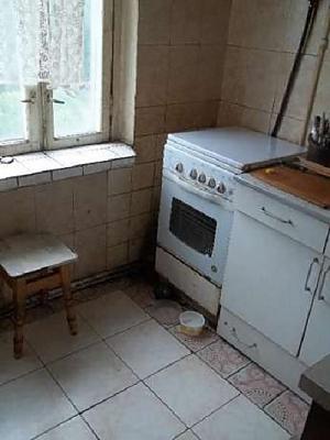 Місце в двомісній кімнаті з Wi-Fi і ТВ біля метро Лісова, 1-кімнатна, 005