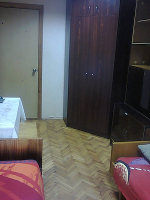 Sleeping place in double room with Wi-Fi near Lisova metro station, Studio, 001