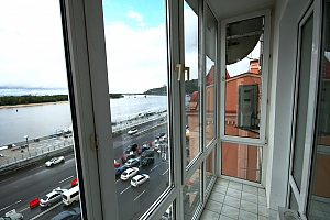 VIP apartment on Podil with a view of the Dnieper river, Studio, 002