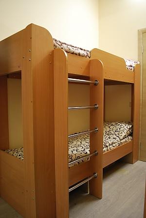 Bed in cozy room for 4 in Kashemir hostel, Studio, 002