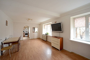 Big apartment not far from the center, Trois chambres, 003
