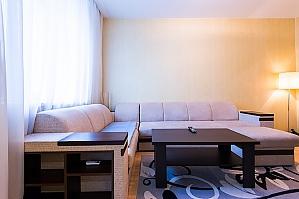 Просторная VIP квартира, 2х-комнатная, 004