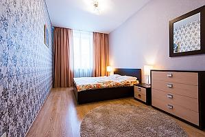 Просторная VIP квартира, 2х-комнатная, 002